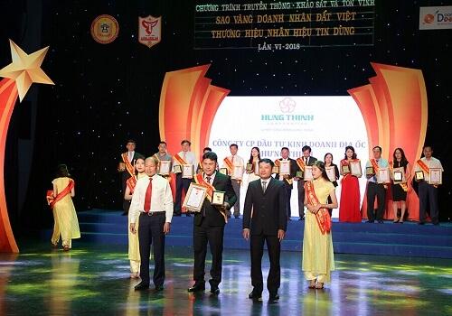 Tổng giám đốc công ty PropertyX – Hưng Thịnh đón nhận giải thưởng sao vàng doanh nhân đất Việt 2018